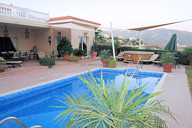 Holiday villa 142