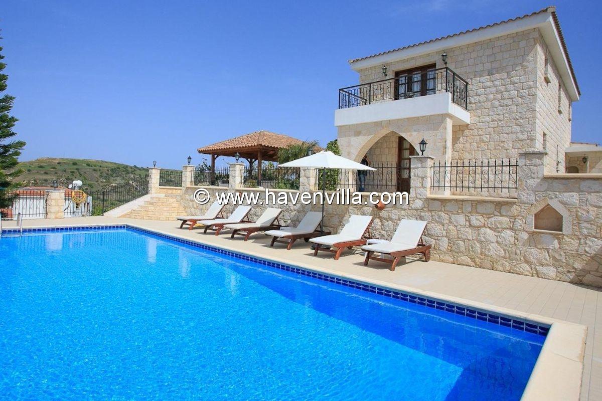 Holiday villa 151