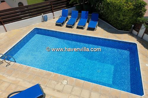 Villa163 in Coral Bay